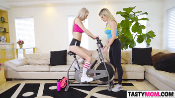 Sex workout with mom Cory Chase and Molly Mae