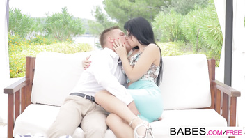 Babes - Sun-Kissed starring Taissia and Matt Ice