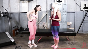Dana DeArmond gives London River's juicy ass the workout of her life