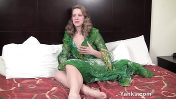 Sexy Yanks Carmen December Cums