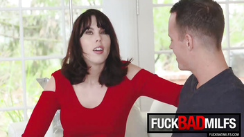 Blair Williams, Amber Chase In Stepmom Catches A Fox