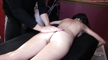 Big Breasted Hottie Gets Sensual Massage and Happy Ending