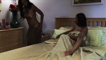 Black amazing pussy GRINDING pussy