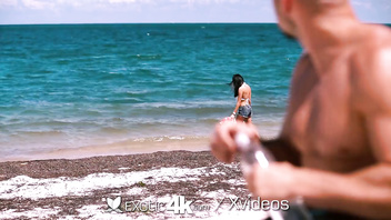 Exotic4k Huge breasted Victoria Vice fucked after walk on the beach