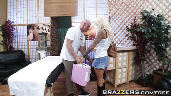 (Lolly Ink, Johnny Sins) - Retail Therapy - Brazzers