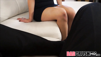 Stepdaughter Penelope Reed Gets Help From Her Dad