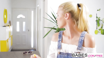 Babes - Step Mom Lessons - (Angel Rivas, Izzy Delphine) - FEZ
