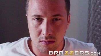 (Amia Miley, Jessy Jones) - Home invasion goes right - Brazzers