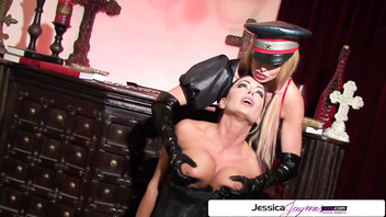 Watch Taylor Wane fuck Jessica Jaymes like a little bitch, big boobs