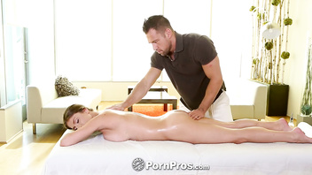 PornPros - Tall Dillion Carter upside down blowjob during massage