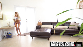 Mofos - Pervs On Patrol - (Naomi Woods) - Thick Dick for Tight Spinner