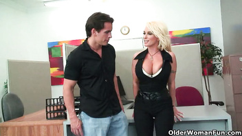 Blonde milf Holly Halston gets fucked in her cubicle