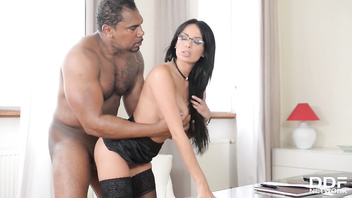 Hot boss anissa kate gets her milf pussy filled with big black veiny dick