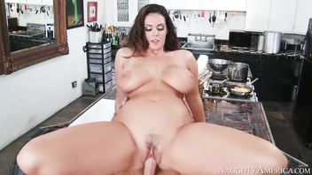 Naughty america - alison tyler fucking in the chair