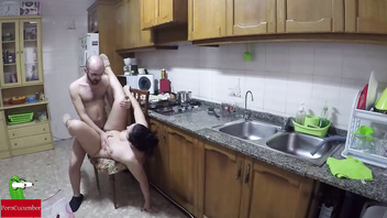 Nudist cuisine and fucked in the kitchen