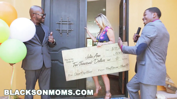 BLACKSONMOMS - Julia Ann Wins Three Big Prizes (xa15147)