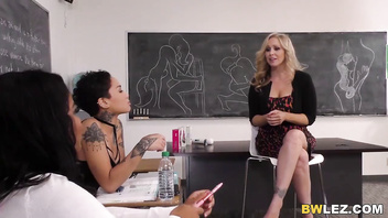 Honey Gold, Jenna Foxx and Julia Ann Interracial Lesbian