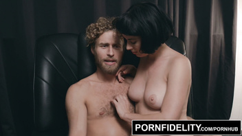 PORNFIDELITY A XXX Documentary Starring Olive Glass and Micheal Vegas