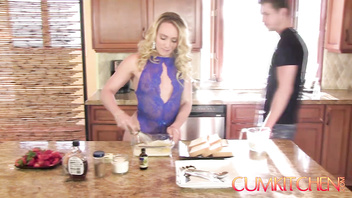 CUM KITCHEN: Blonde Big Booty AJ Applegate Hard Fucked in the Kitchen