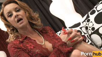 Craving cougars - Scene 4