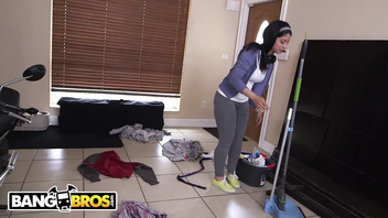 BANGBROS - Jmac Turns Out His Deliciously Thicc Latin Maid Nadia Ali