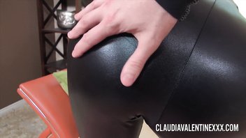 Claudia Valentine takes turns pleasing two big cocks