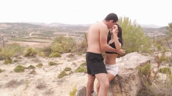 Alexa Tomas fucking with her boyfriend in outdoor