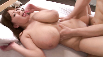 Hitomi Tanaka-SSS-BODY World's Largest Class Super Tits Deep Impact, Part1