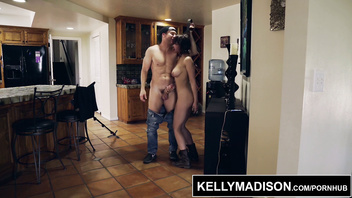 Marilyn Mansion Gives Sloppy BJ and Titjob For Creampie