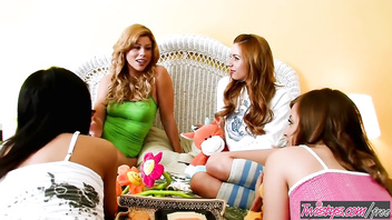 Twistys - Brooklyn Lee and Lexi Belle have fun at The Sleepover