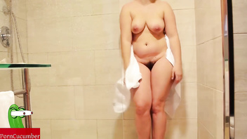 Pussy's food in the shower. Homemade amateur voyeur spycam SAN76