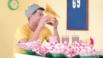 Beaverdale Archie Parody - Jughead Stuffs Ethel's Buns With His Meat