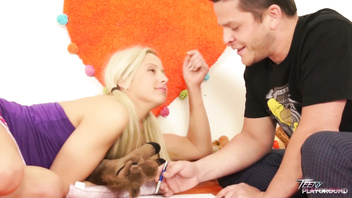 First lesson of romantic sex for blonde chubby babysitter