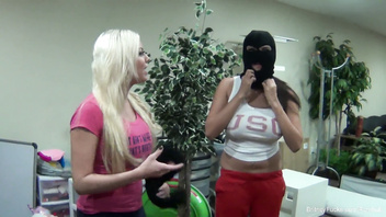 Behind the scenes fun with Britney Amber and Missy Martinez