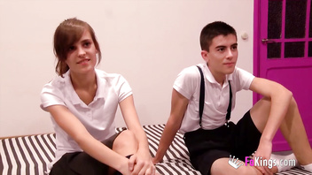 Young teens Ainara and Jordi have a hot fuck 'cause they want to get everyone horny