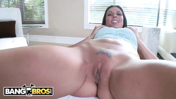 BANGBROS - MILF Rachel Starr Sucks My Dick And I Cum On Her Big Tits