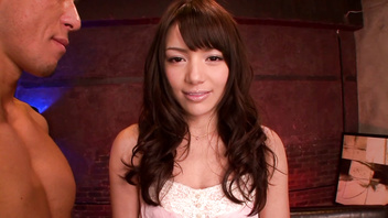 Beautiful Japanese chick Rio(Yuzuki Tina),erotic kiss and hard 3some