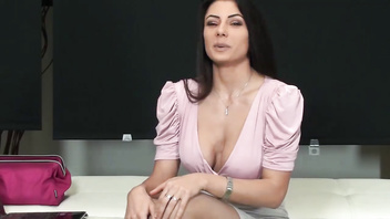 SOFIA CUCCI SQUIRTING SCHOOL-59