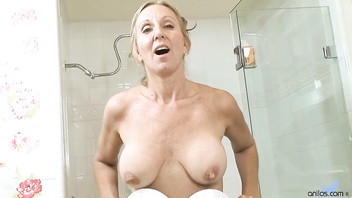 Jenna Covelli in Shower