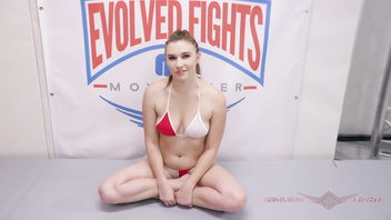 Wrestler Stephie Staar destroys her opponent in every way - EVOLVED FIGHTS